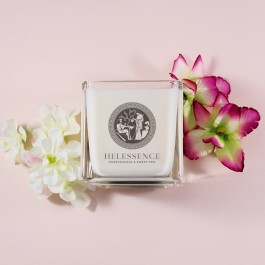 Helessence – Honeysuckle & Sweet Pea Massage Candle